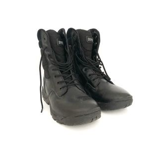 Magnum Stealth 2 winter boots. Size 8